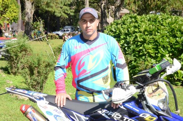 """Emerson Loth """"Bombadinho"""", piloto do Team Rinaldi, no Enduro dos Pampas 2015"""