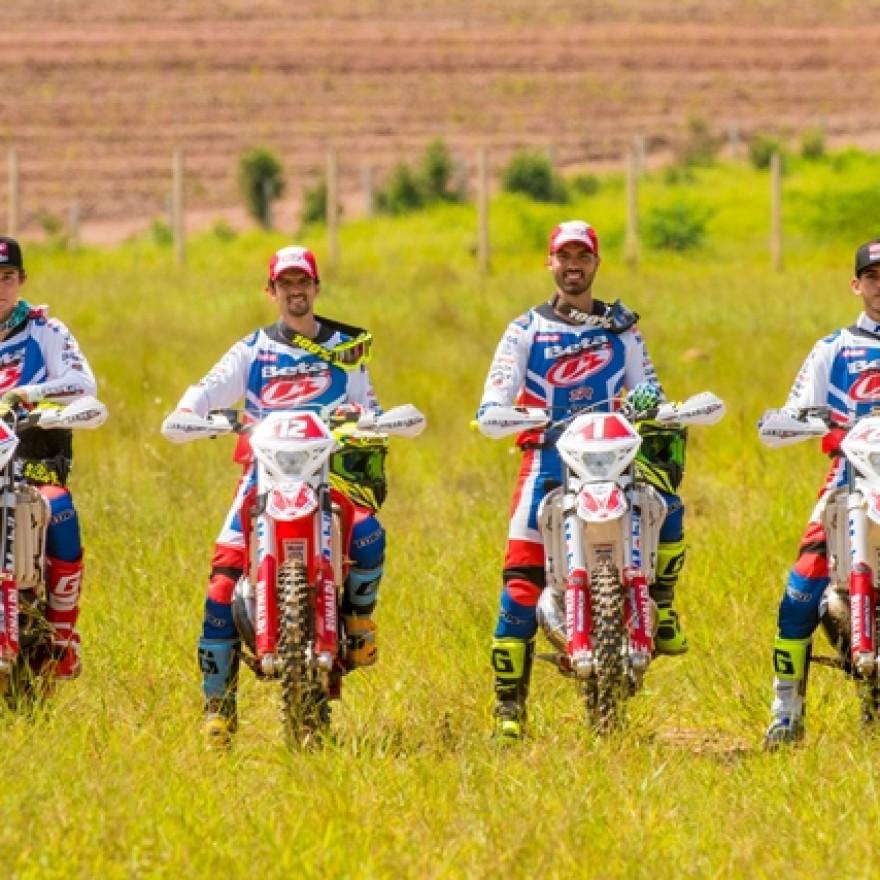 Team Rinaldi da esq. para a dir.: Luis Brunatto, Ripi Galileu, Rígor Rico e Eduardo Furtado
