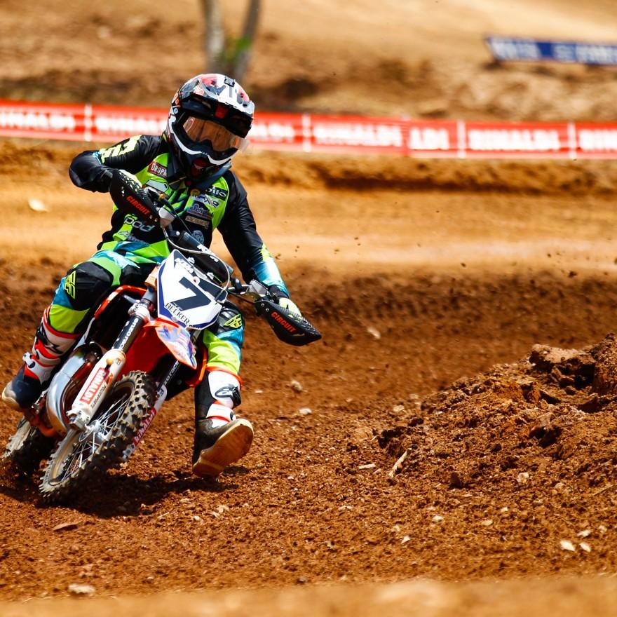 Rafael Becker é o atual campeão Catarinense e Brasileiro de Motocross na categoria 65cc