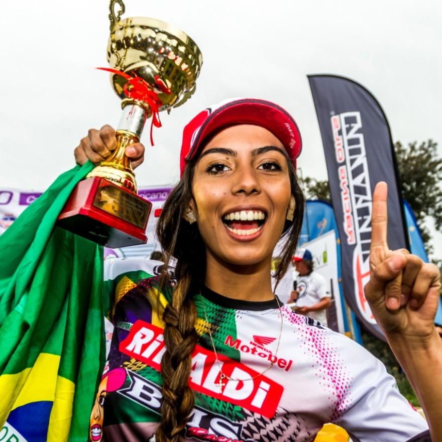Bárbara Neves conquistou seu primeiro título internacional